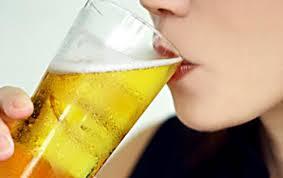 Lợi ích không ngờ nếu uống bia điều độ