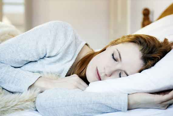 Những lợi ích của việc nằm nghiêng về bên trái khi ngủ