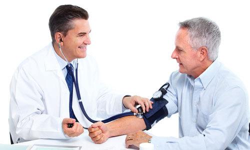 Thực hiện 7 điều này bạn không lo tăng huyết áp khi trời lạnh