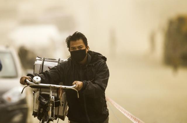 Nguoi dan muu sinh trong khong khi o nhiem o Nepal - Anh: EPA