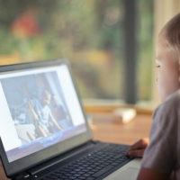 Trẻ em và công nghệ: Chúng ta đang thay đổi não bộ của thế hệ trẻ?